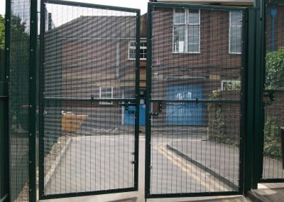 358-wire-mesh-barnfield-childrens-centre-burnt-oak-london-ha80da-010