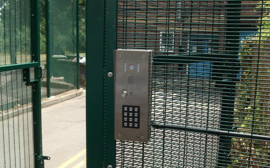 358 Wire Mesh Fencing – Barnfield Children Centre – Burnt Oak London