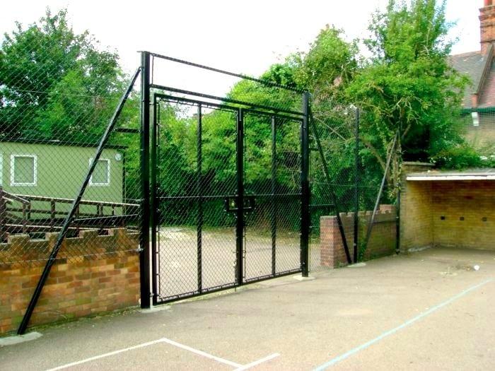 Chain Link Fencing – Stratford School