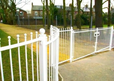 Steel Railings Fencing – Leytonstone School London