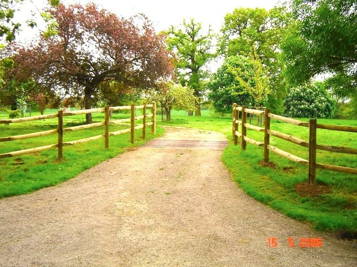 Timber Post & Rail Fencing Essex – Essex Showground