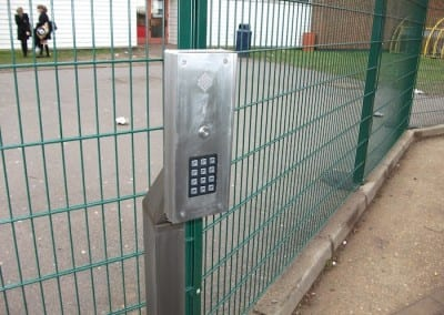 Wire Mesh Fencing – Sanders Draper School – Hornchurch Essex