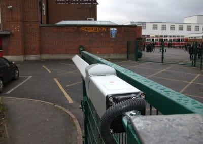 twin-mesh-fencing-with-automated-gates-sanders-draper-school-hornchurch-rm126rt-21