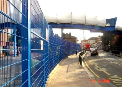 Wire Mesh Fencing London – Plashet School London