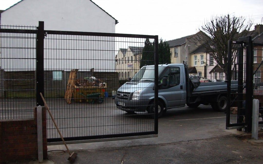 Wire Mesh Fencing – St John Ambulance London