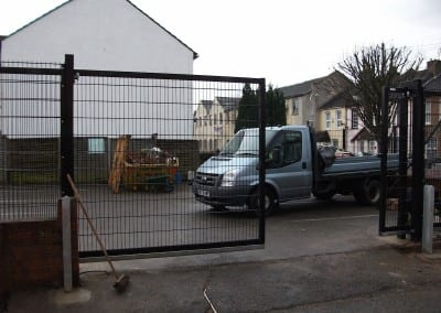 Wire Mesh Fencing – St John Ambulance London