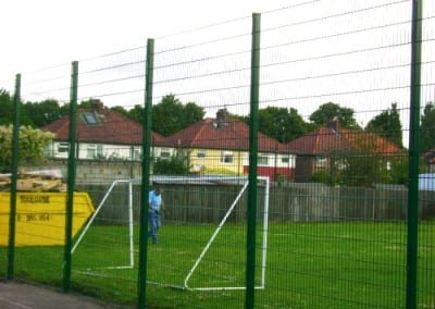 welded-mesh-fencing-broadwater-school-london-project01-3