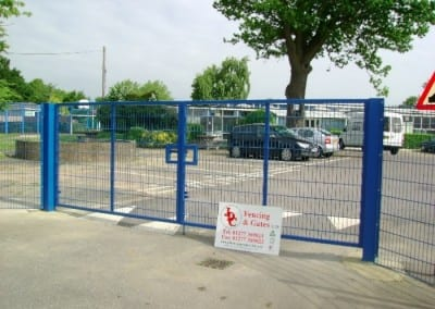 Welded Mesh Fencing London – Links School St Albans London