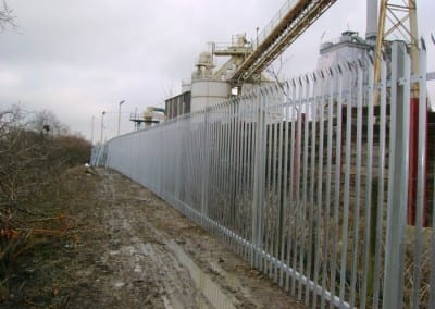 Steel Palisade Fencing Essex – O-I Manufacturing Ltd – Harlow Essex