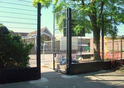 wire-mesh-fencing-st-patricks-school-walthamstow-e-17-london-19