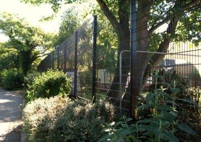 wire-mesh-fencing-st-patricks-school-walthamstow-e-17-london-21