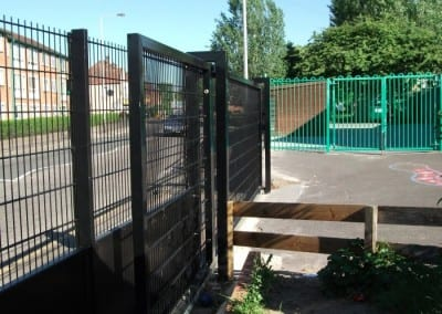 wire-mesh-fencing-st-patricks-school-walthamstow-e-17-london-39