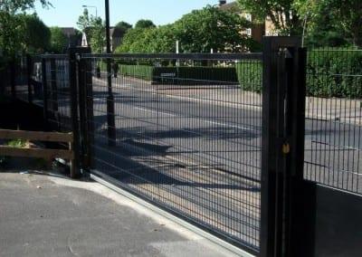 wire-mesh-fencing-st-patricks-school-walthamstow-e-17-london-43