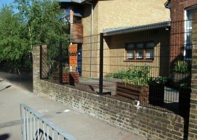 wire-mesh-fencing-st-patricks-school-walthamstow-e-17-london-7