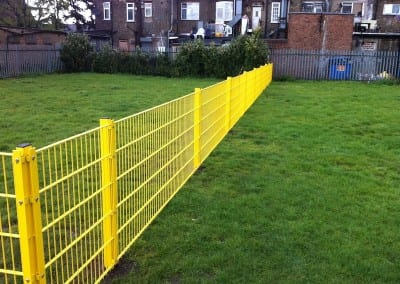 Wire Mesh Fencing Essex – St Peters School Dagenham Essex