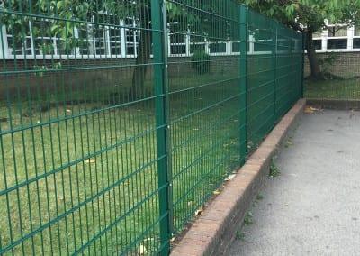 twin-wire-mesh-fencing-hurstmere-school-01