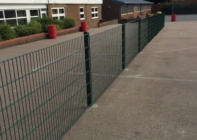 twin-wire-mesh-fencing-hurstmere-school-09