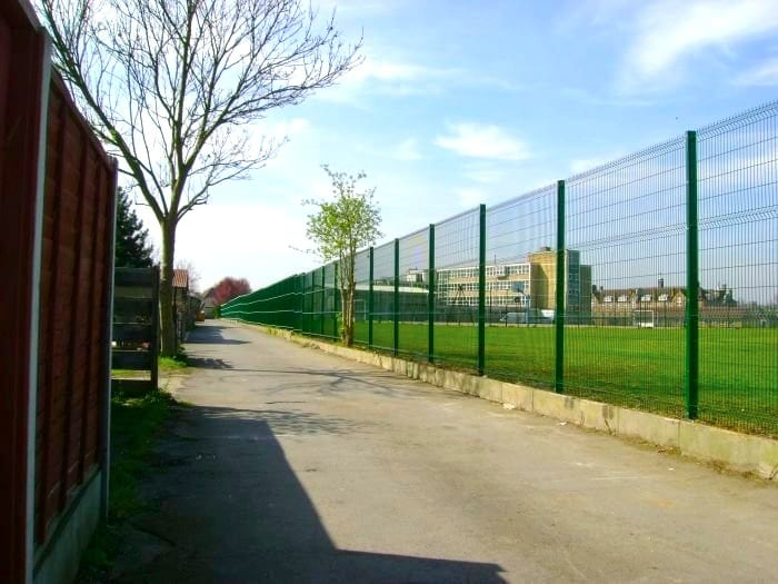 Wire Mesh Fencing – Enfield County Lower School – London