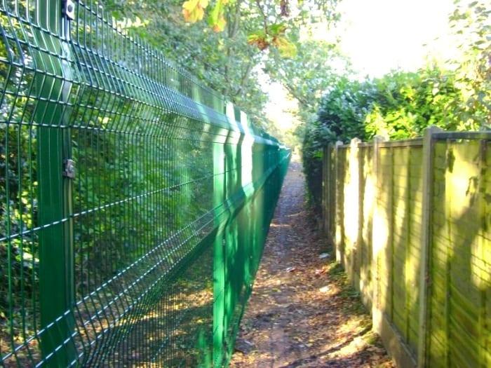 Wire Mesh Fencing – St Martins School – Brentwood Essex