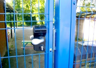 welded-mesh-fencing-whitehall-primary-school-waltham-forest-london-05