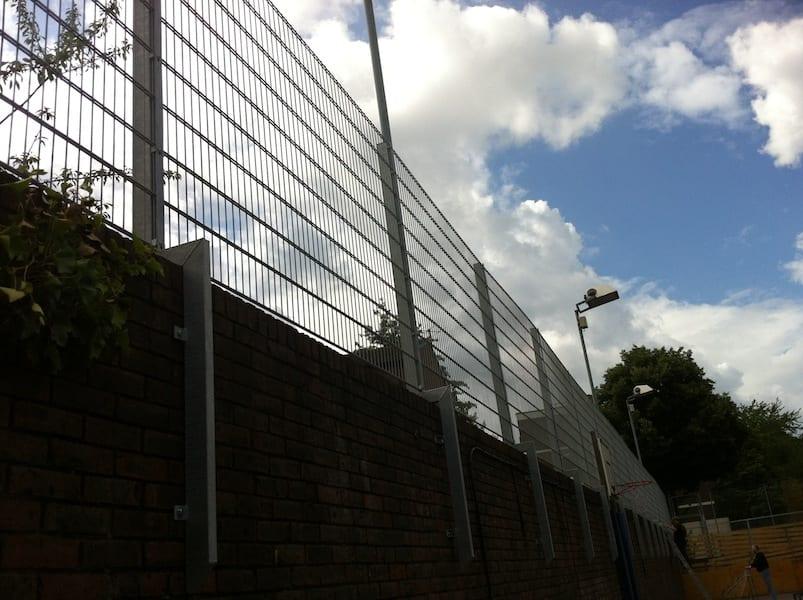 Wire Mesh Fencing – Thomas Jones School – Ladbrook Grove London